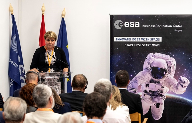 Space technology to the hands of Hungarian companies